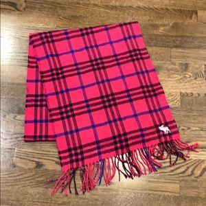Hollister fringe scarf